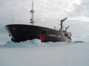 misc ship cutting through ice