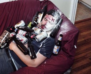Hilarious-Drunk-People-Urban-Savior-05
