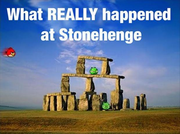 What Really happened at Stonhenge. Funny photos.