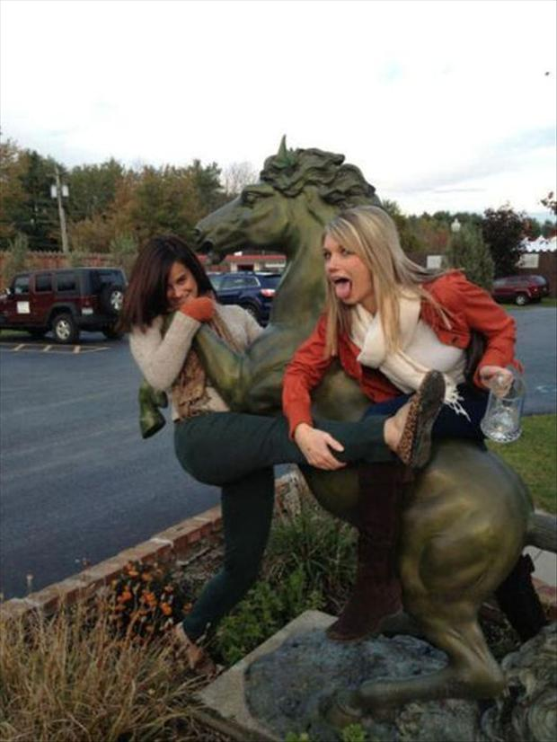 Funny Drunk People - 55 Pics