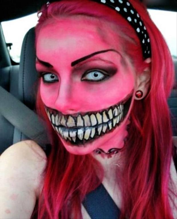 Amazing Halloween Face Paintings  40 Pics - Amazing Halloween Makeup