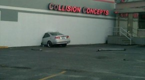 Car Accidents – Irony At It's Finest – 20 Pics