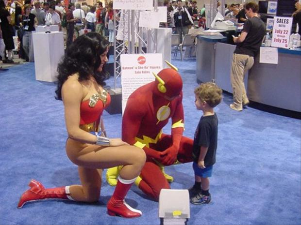 comic-con-funny-pictures.jpg