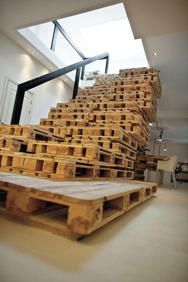 Pallet ideas staircase dump a day for Uses for used pallets