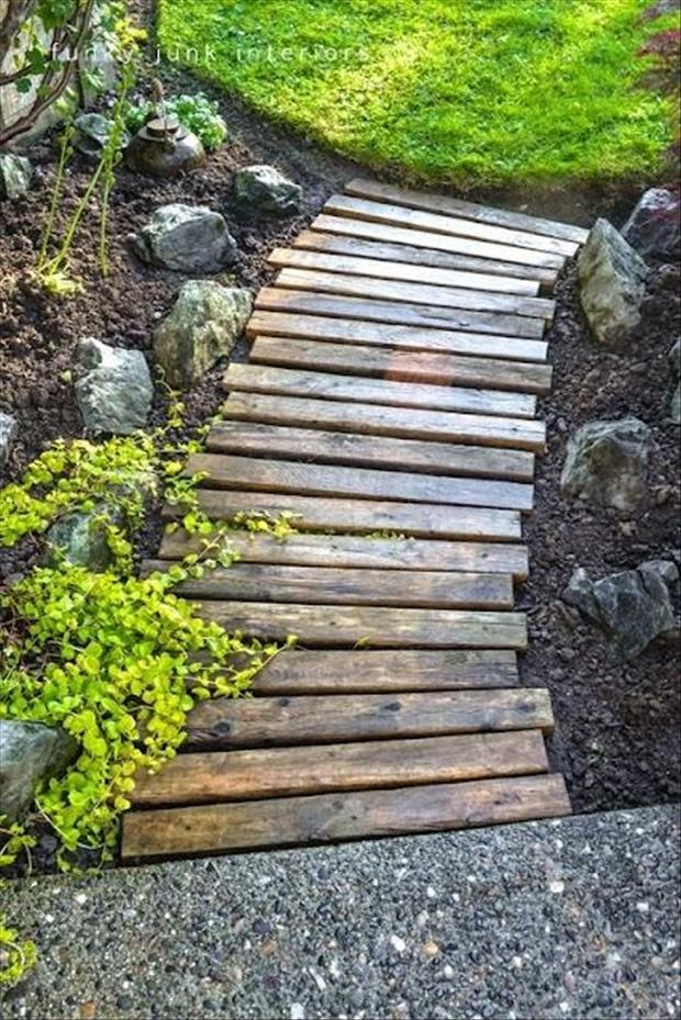Pallet Ideas Walkway Path Dump A Day