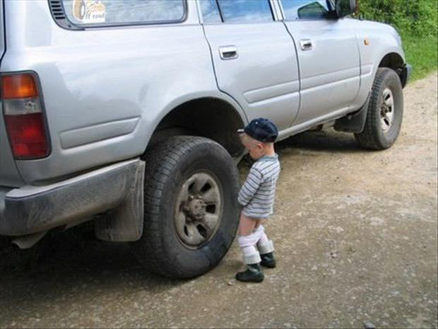 http://www.dumpaday.com/wp-content/uploads/2013/01/1-boy-is-peeing-on-a-car.jpg