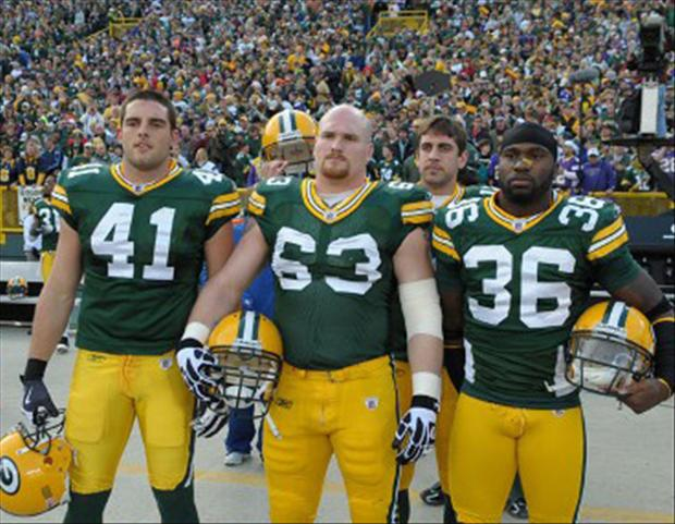 Aaron Rodgers Photobomb pictures (5)
