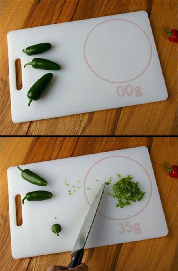 cutting board that weighs what you cut