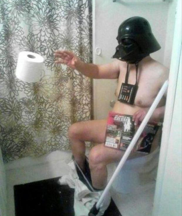 darth vadar using the force while on the toilet, funny pictures