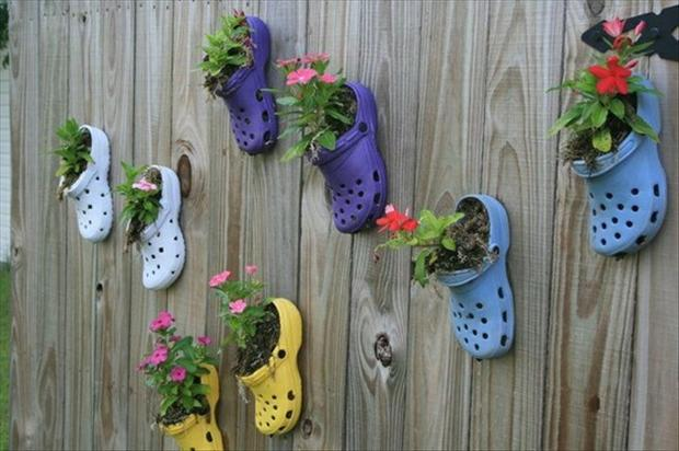 how to make planters from croc shoes