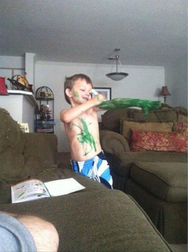 kid drawing on himself, funny pictures