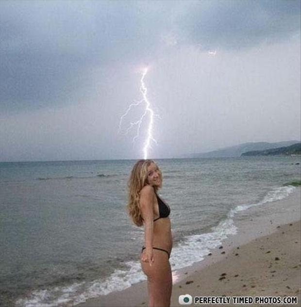 perfectly timed pictures, lady in a bikini