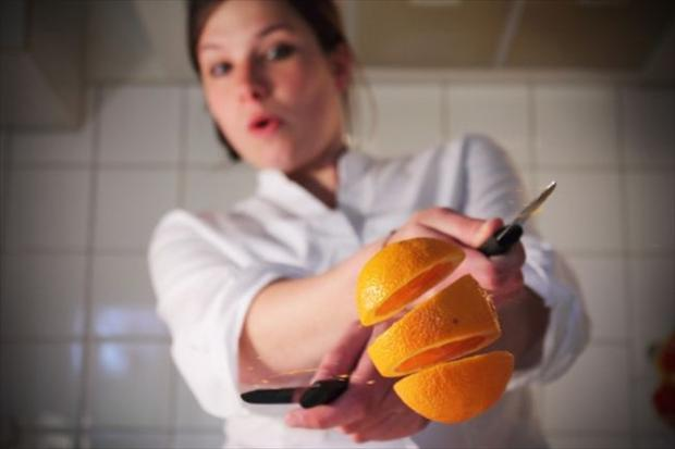 slicing an orange, perfectly timed pictures
