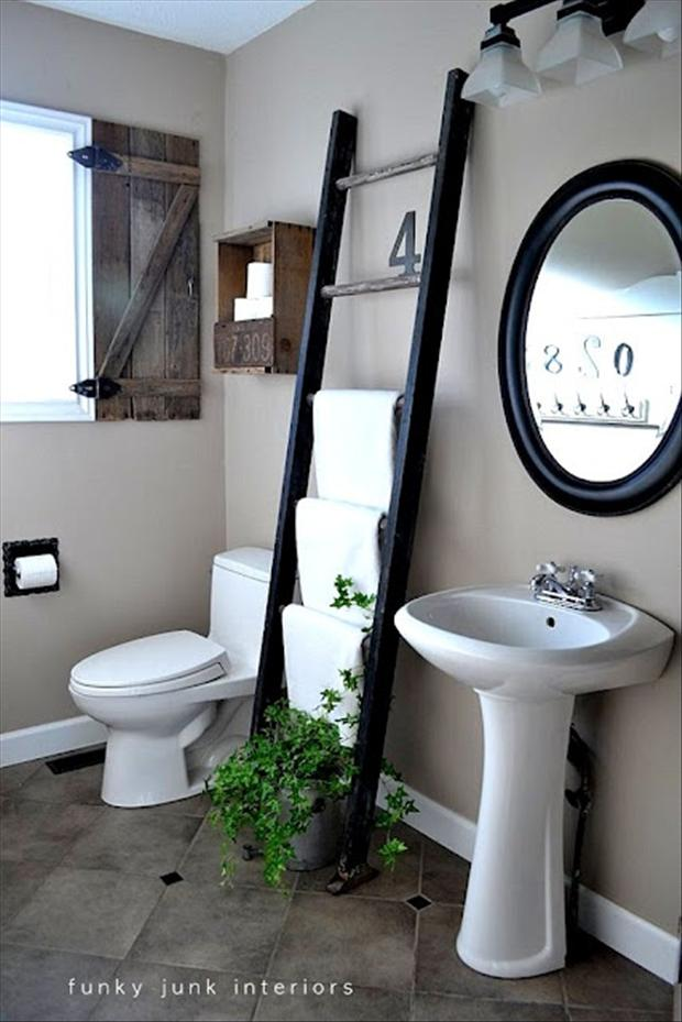 use a ladder for a towel rack in the bathroom
