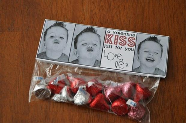 valentines day kiss, chocolates
