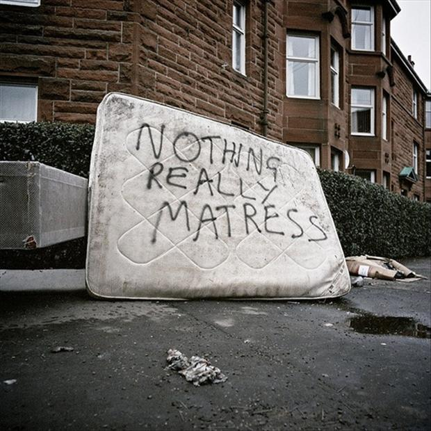 funny pictures writing on matresses