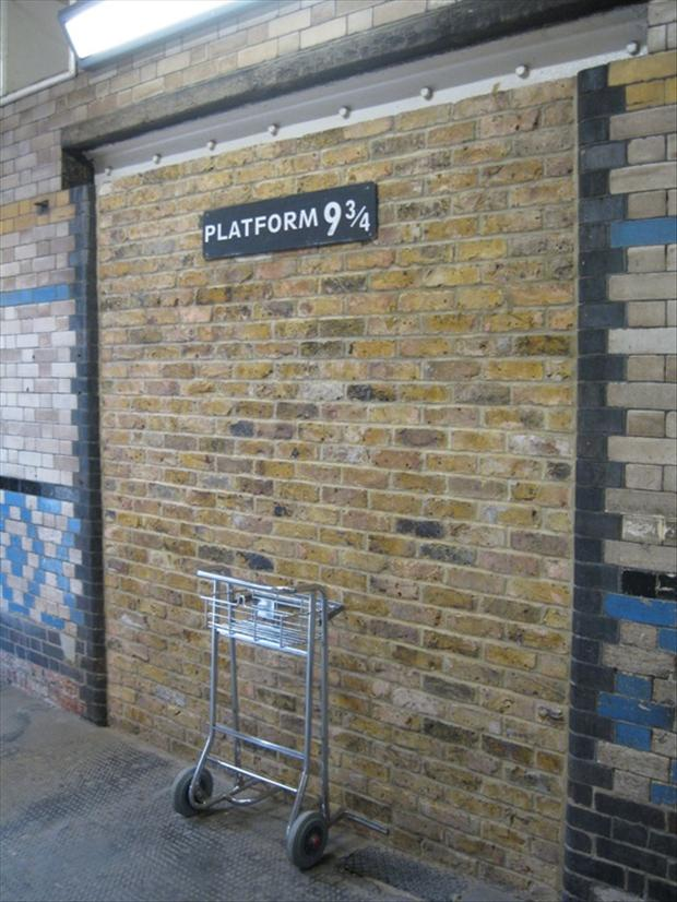 harry potter train platform