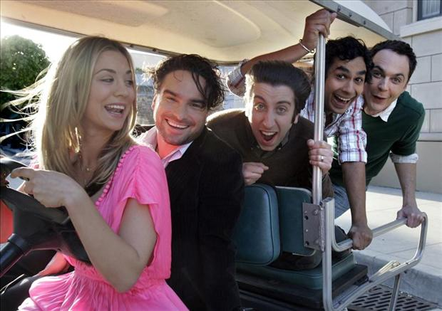 penny driving a golf cart, big bang theory