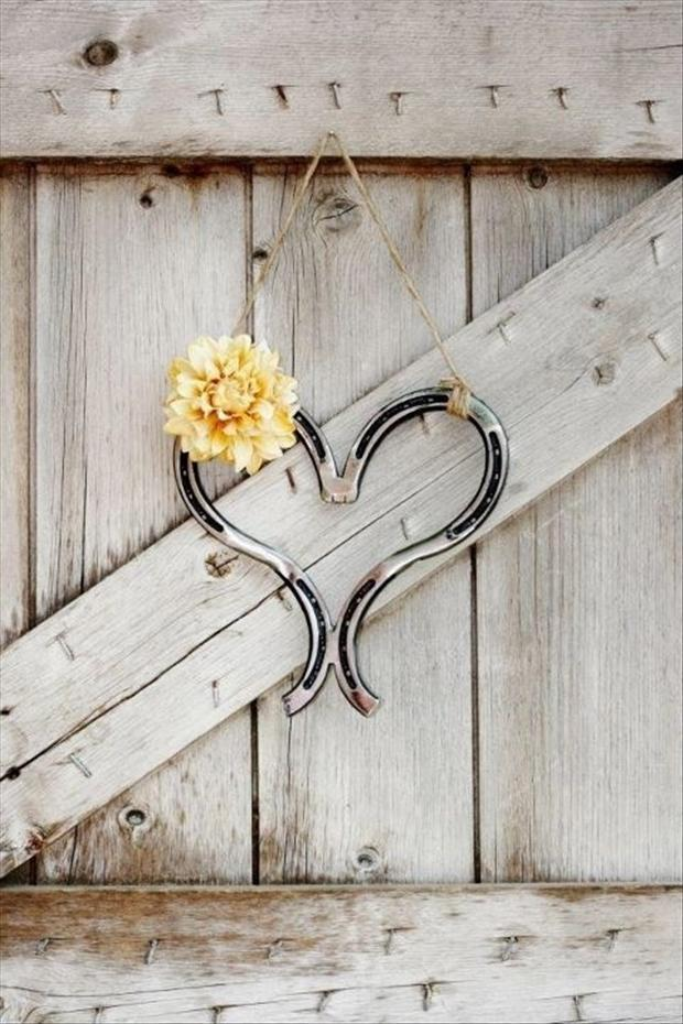 wedding craft ideas, horse shoes