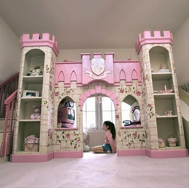 Awesome Kids Bedrooms - Castel playroom