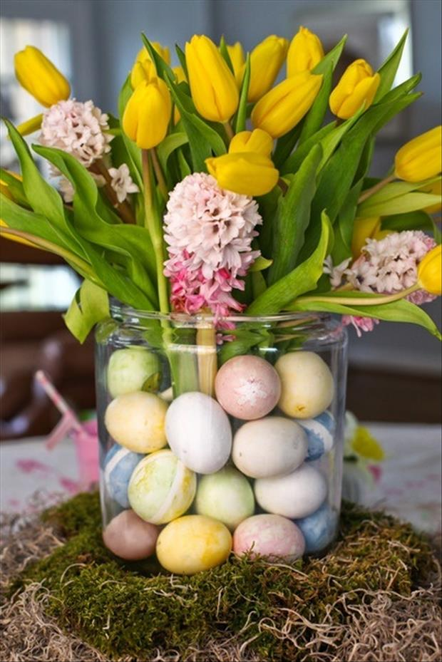 Easy Easter DIY Crafts- Egg Center Piece