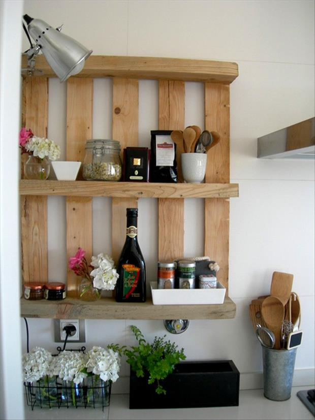 kitchen shelf made from old pallets