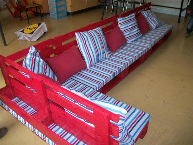 l couch made from used pallets