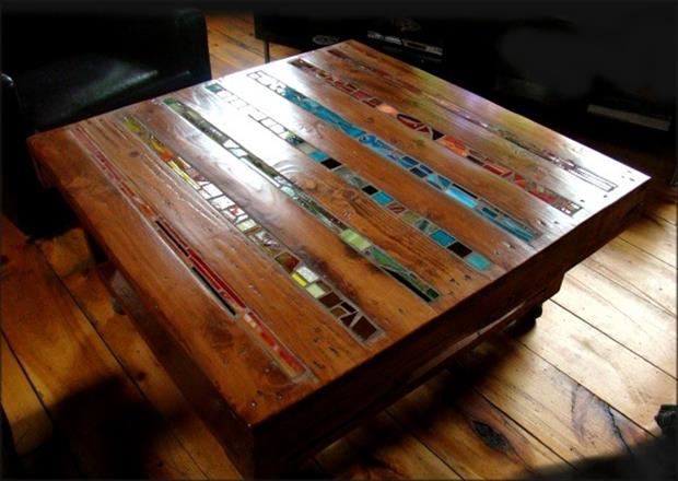 make a coffee table from an old pallet