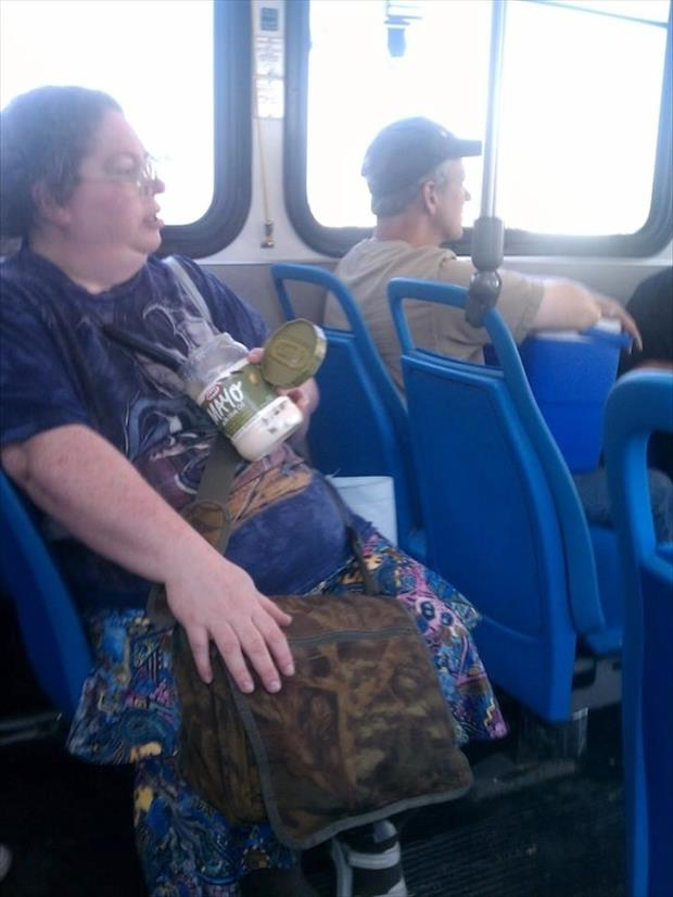 meanwhile on public transportation, dumpaday (27)