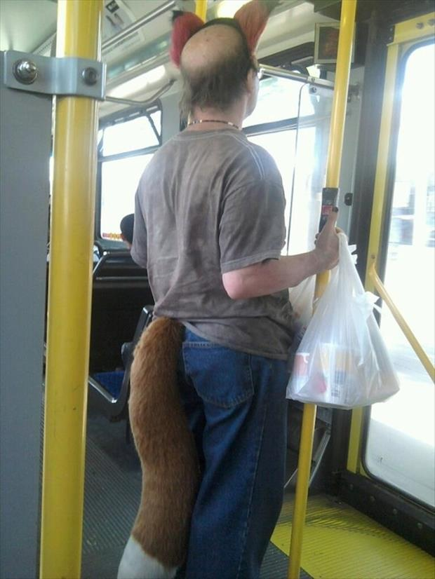 meanwhile on public transportation, dumpaday (2)