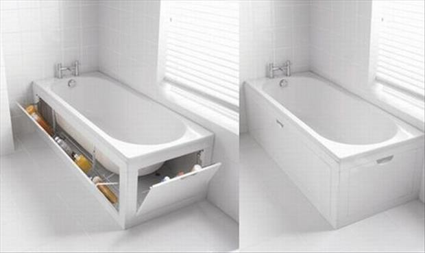 the bathtub with shelves