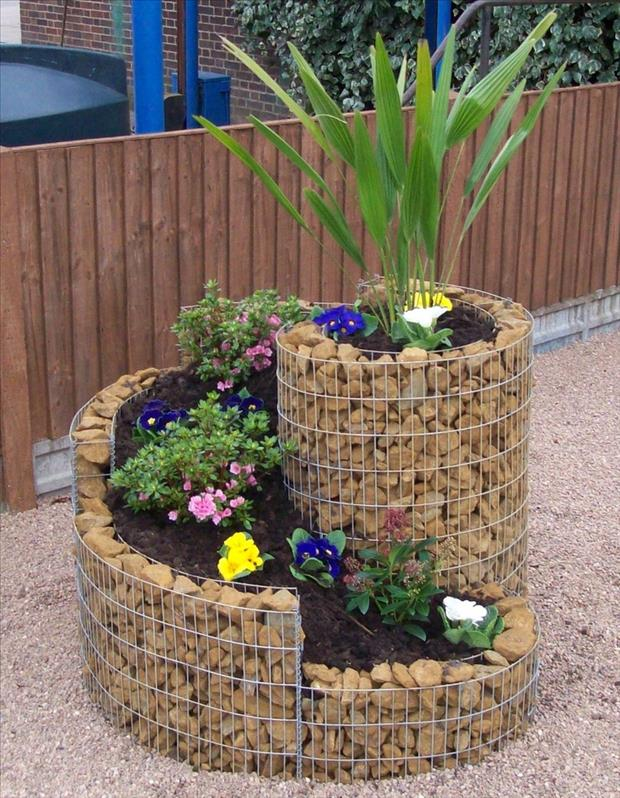 how to make a garden planter for small spaces