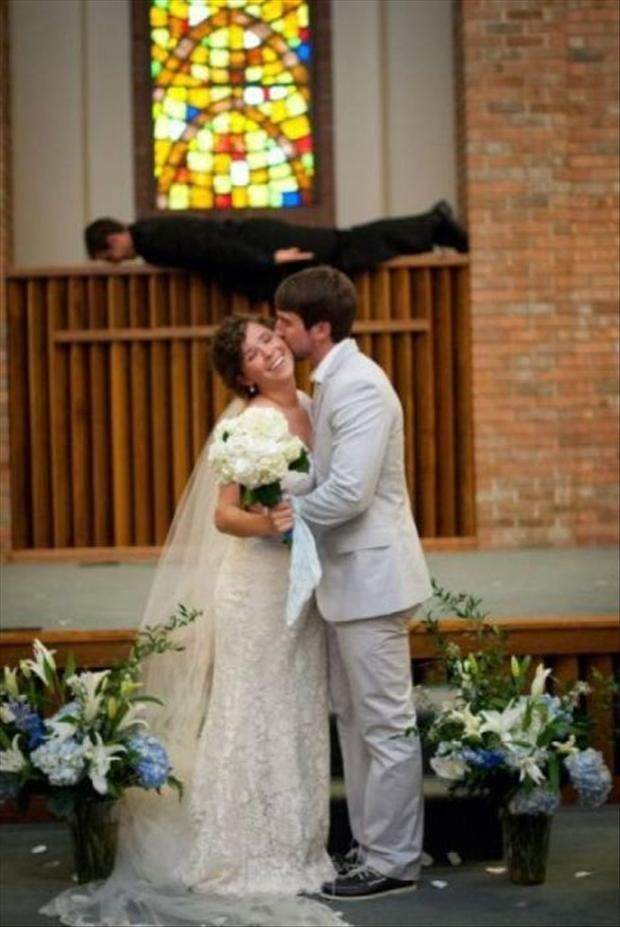 funny wedding pictures (17)