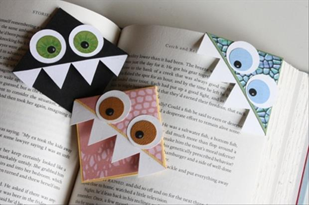 how to make book marks