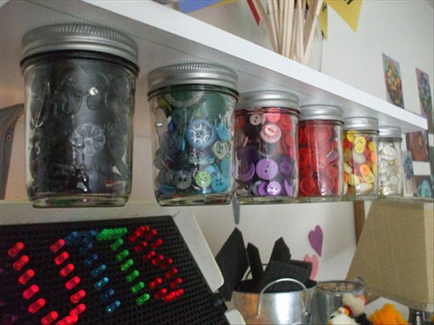 organize your craft room (21)