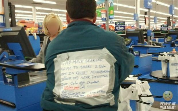 people of wal mart dumpaday (37)