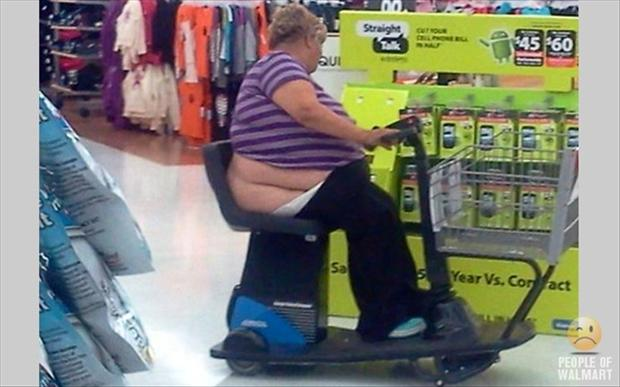 people of wal mart dumpaday (39)