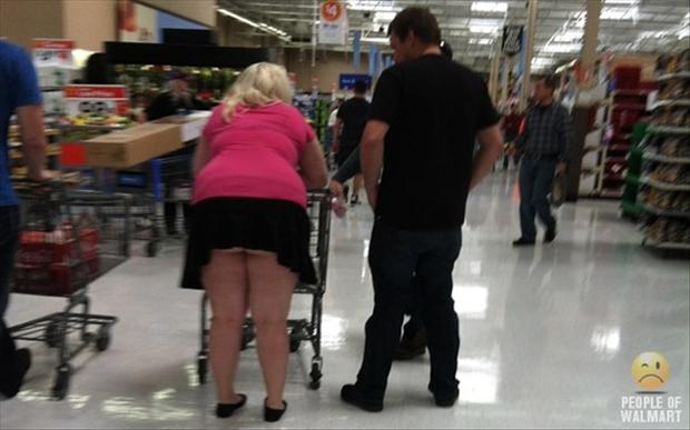 people of wal mart dumpaday (45)