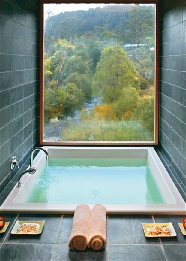 the amazing bathtubs 12 Dump A Day