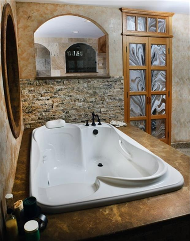 the amazing bathtubs (2)