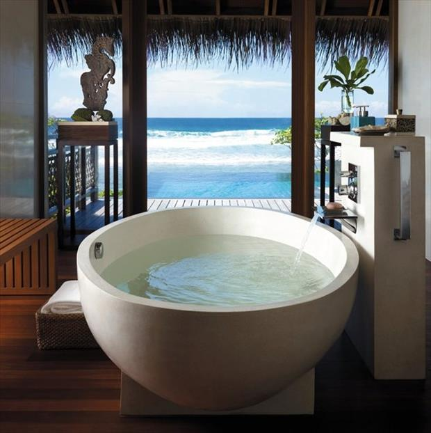 the amazing bathtubs 9 Dump A Day