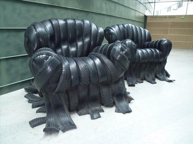 Do it yourself projects using old tires dumpaday 14 for What to do with old tires