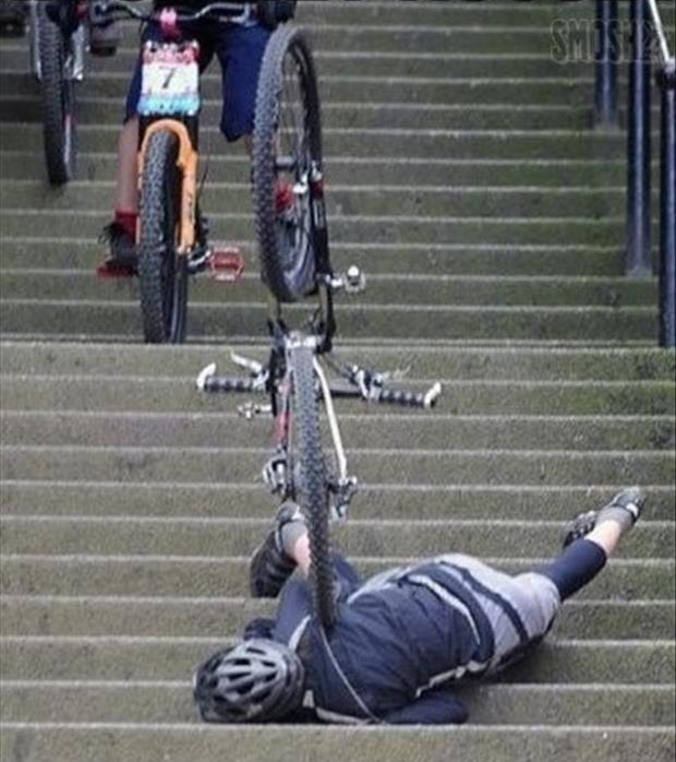 funny bike accidents, dumpaday (1)