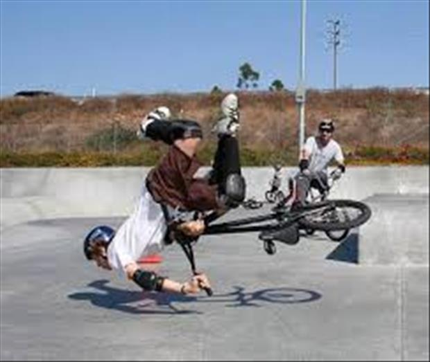 funny bike accidents, dumpaday (10)