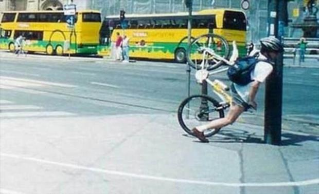 funny bike accidents, dumpaday (17)