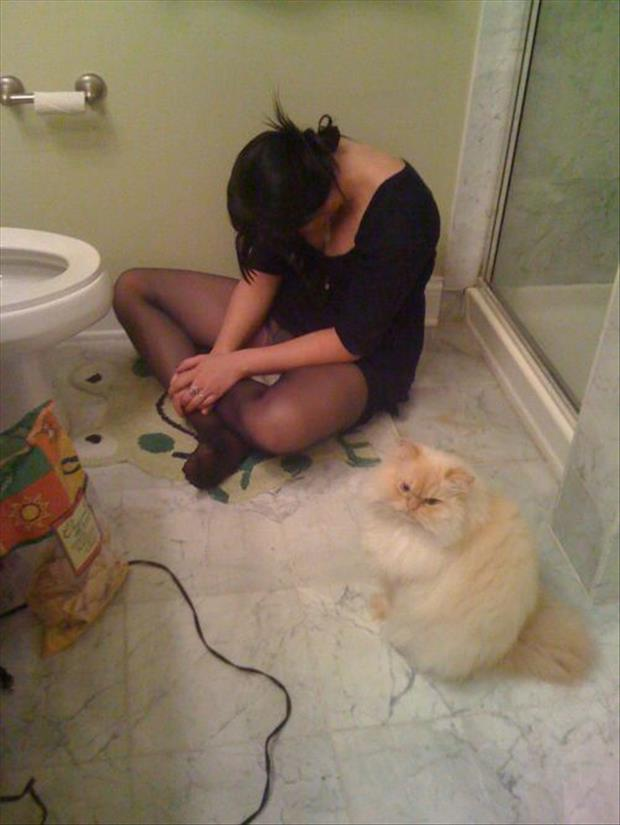 funny college party pictures, dumpaday (16)