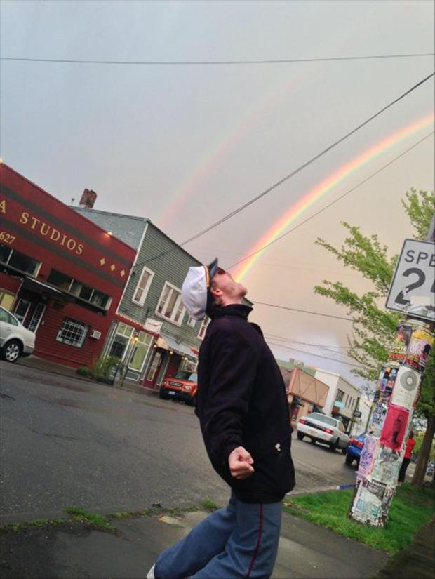 funny pictures of rainbows and guys, dumpaday (3)