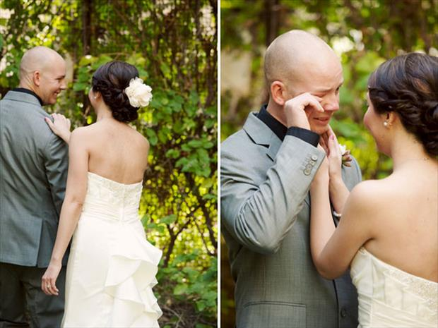 grooms blown away by how beautiful their brides are (19)