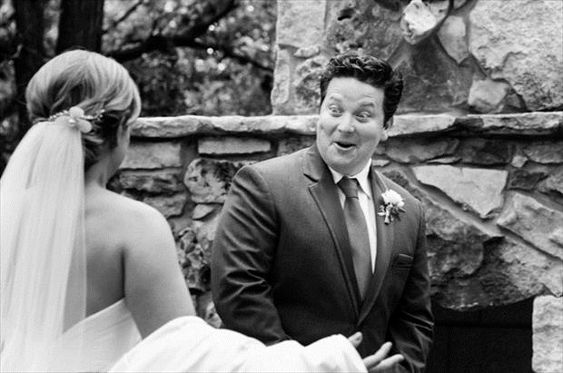grooms blown away by how beautiful their brides are (6)