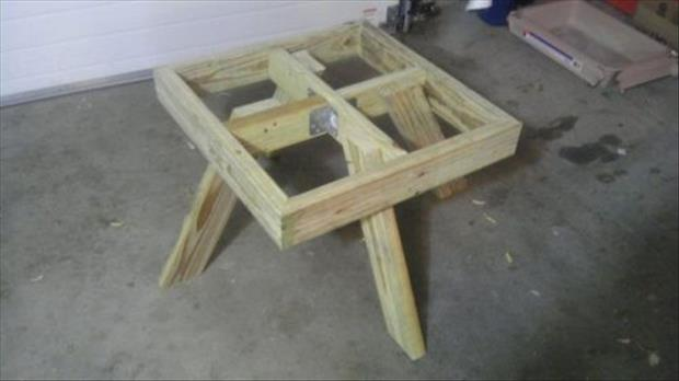 how to make a floating picnic table (6)